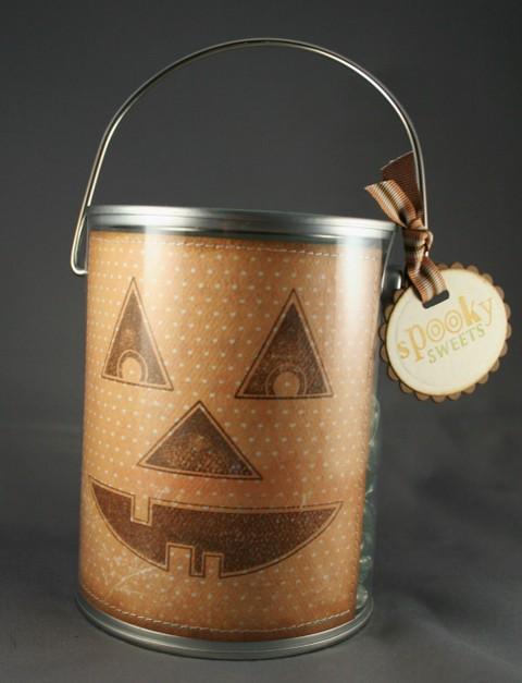 081107_pumpkin_paint_can