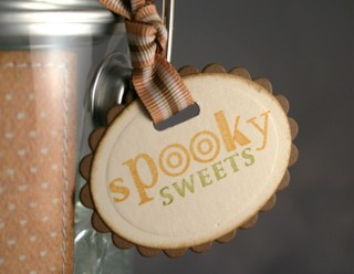 081107_spooky_sweets_tag
