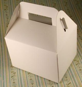 121207_small_gable_box