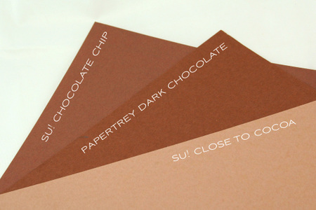 Dark_chocolate_color_comparison