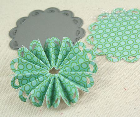 Doily fanned circle