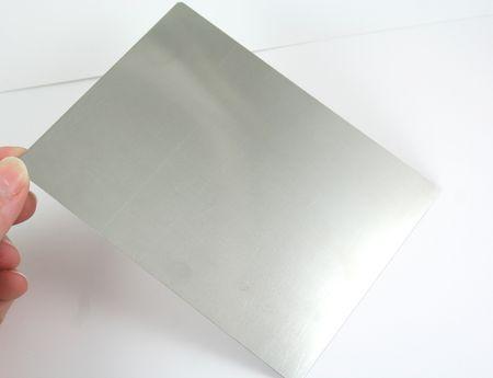 Metal shim
