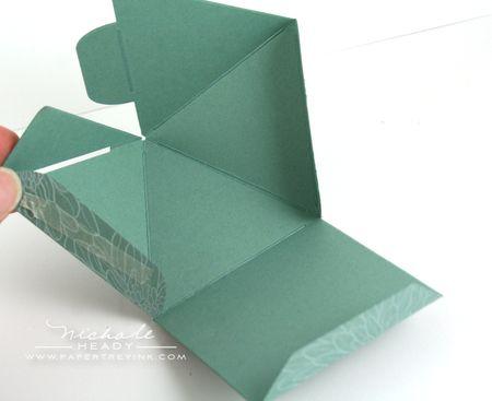 Box folds
