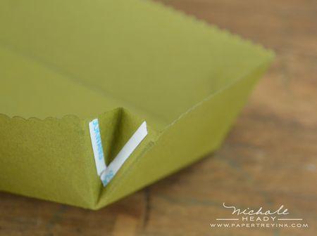 Folding corner