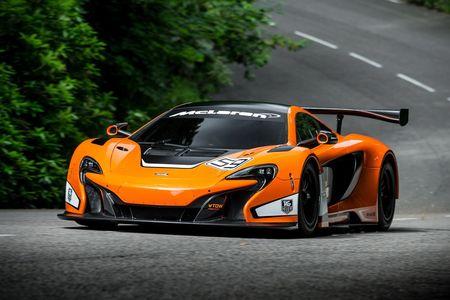 McLaren-650S-GT3-Race-Car-1
