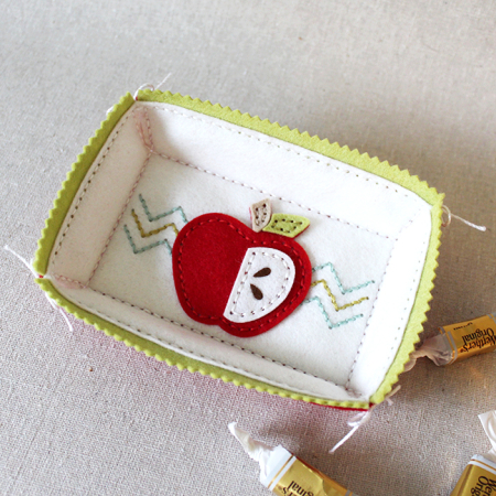 Stitched Apple Treat Tray
